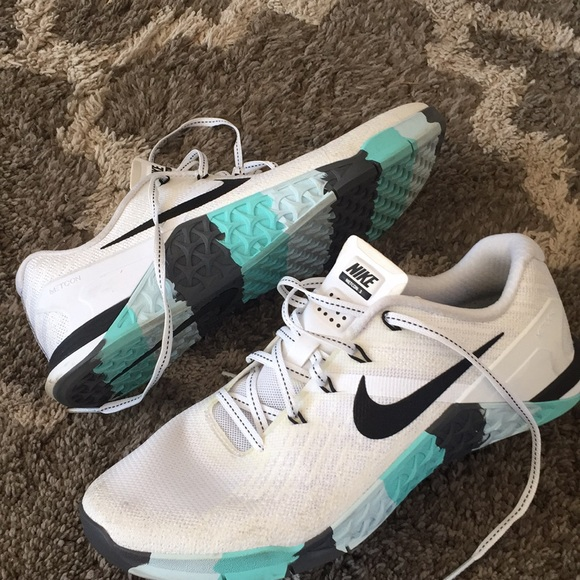 Nike Shoes - Nike METCON 3 size 8.5